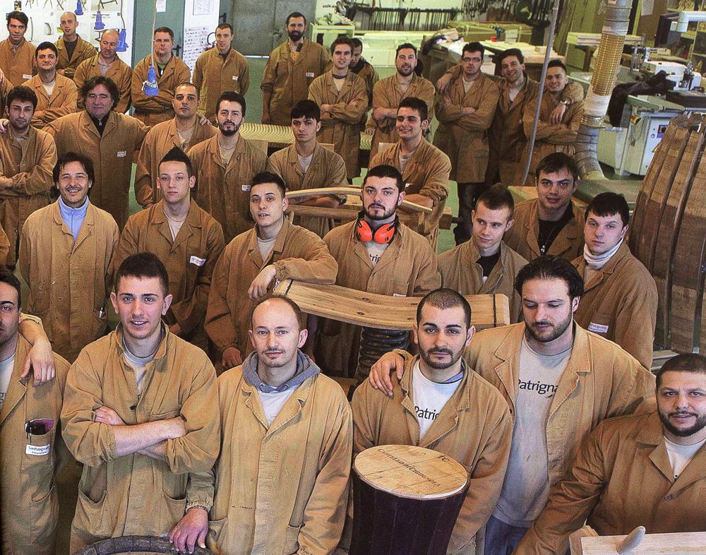 Storia di legni e riscatti - Mobili san patrignano ...