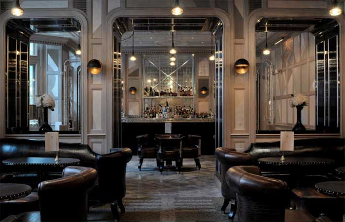 È tempio di mixology / Il Connaught Bar a Londra